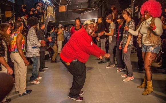 Improvisational Crossings: Social Dance as Interdisciplinary Intervention
