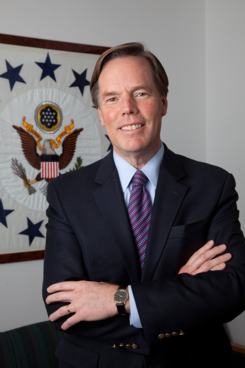 TALK | Ambassador Nicholas Burns on The Crisis in Transatlantic Relations and Other Global Challenges