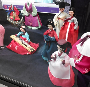 EXHIBIT: Hanbok (Korean Traditional Clothing): Beauty of Color, Harmony and Nature