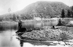 """Massacred for Gold: The Chinese in Hells Canyon"""