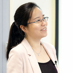 """HCDE guest lecture: Qian Yang, """"Making AI the New Electricity: Designing the UX of AI in Healthcare, Language, and Beyond"""""""